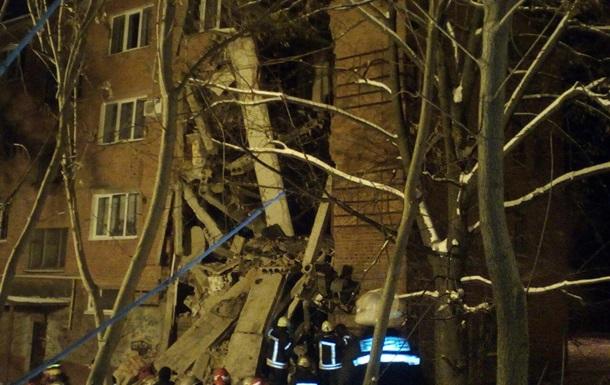 Рятувальники назвали причину обвалу будинку в Чернігові