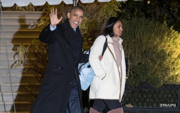 Обама вирушив у відпустку на Гаваї