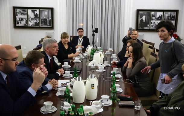 Спікер сенату Польщі та журналісти провели зустріч