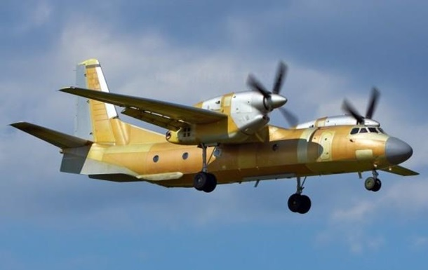 Порошенко представил самолет АН-132D