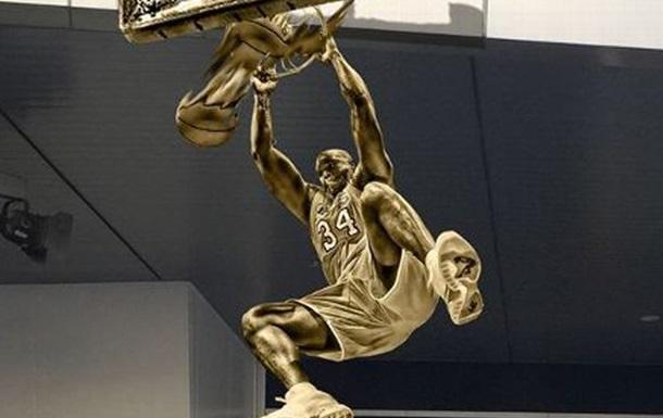НБА. Лейкерс відкриють статую Шакіла