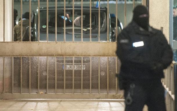 У Німеччині оточили торговий центр, де може бути підозрюваний у теракті