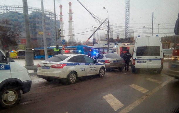 На станции метро в Москве произошел взрыв
