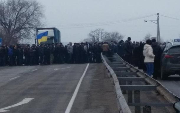 У Запорізькій області ветерани міліції перекрили трасу