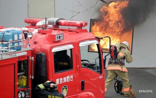 В Японії згорів завод з виготовлення пінопласту