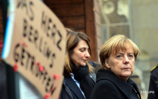 Меркель сходила за покупками на Різдво з трьома охоронцями