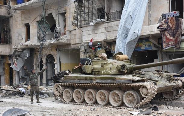 В Алеппо нашли захоронения убитых сирийцев - Минобороны РФ