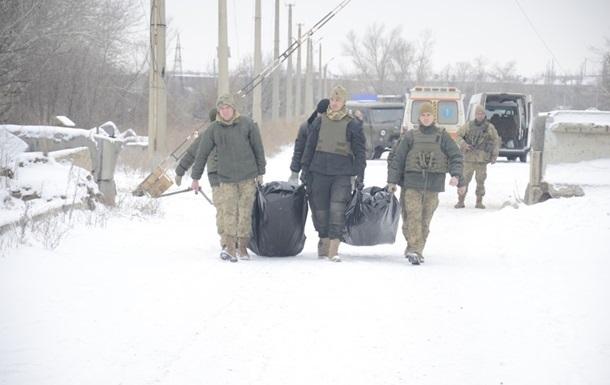 Украине вернули тела погибших на Светлодарской дуге бойцов