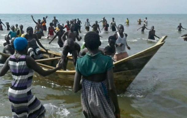 В Уганді потонула футбольна команда з уболівальниками