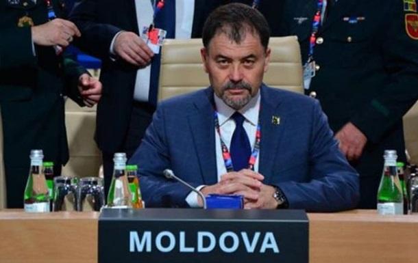 У Молдові звільнили міністра за  кокетство з НАТО
