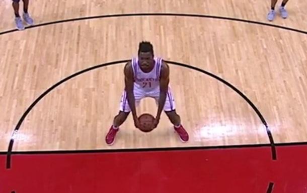 Штрафні з-під спідниці повертаються в НБА