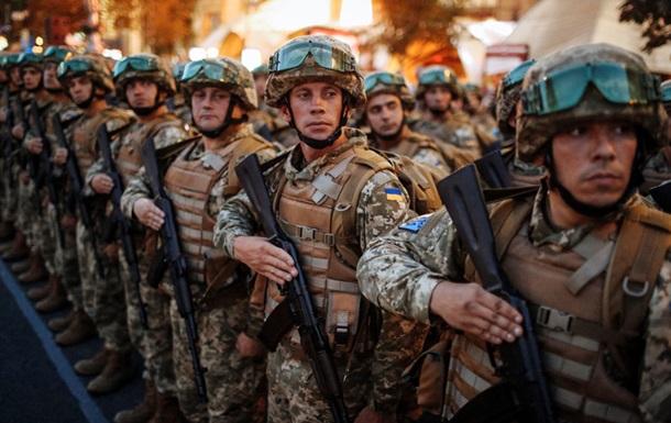 Україна перейде на контрактну армію до 2020 року