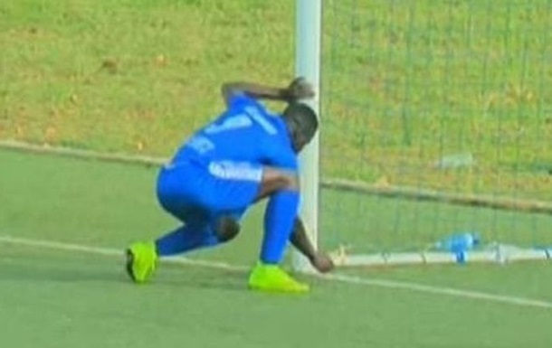 Дивовижна Африка: футболіст у чемпіонаті Руанди начаклував гол