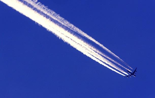 Військовим дозволили збивати літаки-порушники