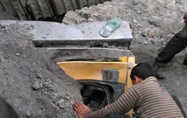 В Індії завалилася шахта, 40 гірників заблоковані