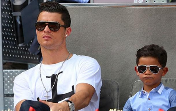 Роналду: не хочу, щоб син був воротарем, він має бути форвардом, як тато