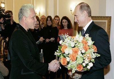 Продолжаем развенчивать мифы о Путине: духовные скрепы, традиционные ценности