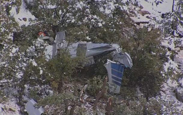 У США розбився літак, четверо загинули