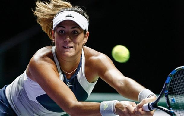 Брисбен (WTA). Гарбінє Мугуруса не дограла півфінального матчу з Корне