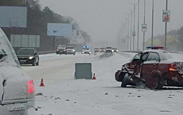 На Бориспільській трасі зіткнулися п ять авто