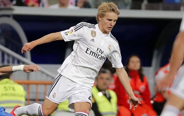 Официально. Полузащитник Реала продолжит карьеру в Голландии