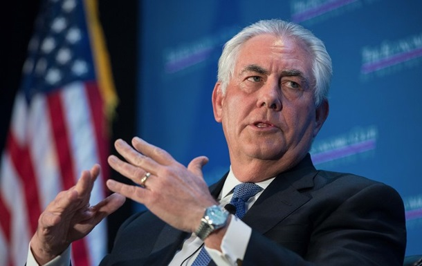 США мягко реагировали на захват Крыма - Тиллерсон