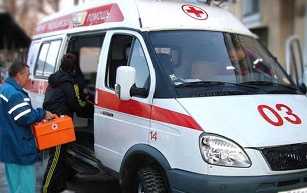 У Петербурзі три людини на смерть отруїлися склоочисником Дід Мороз