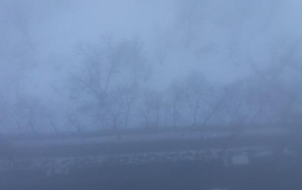 В Україні вранці спостерігають сильний туман