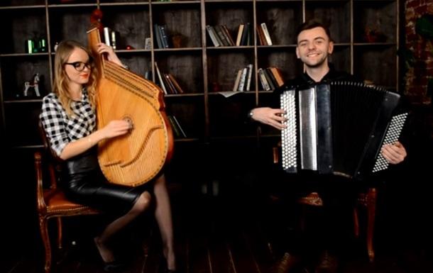 Бандура и баян: украинцы сыграли саундтрек к  Шерлоку