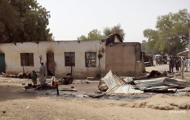 ВПС Нігерії помилково вдарили по біженцях: понад 100 жертв