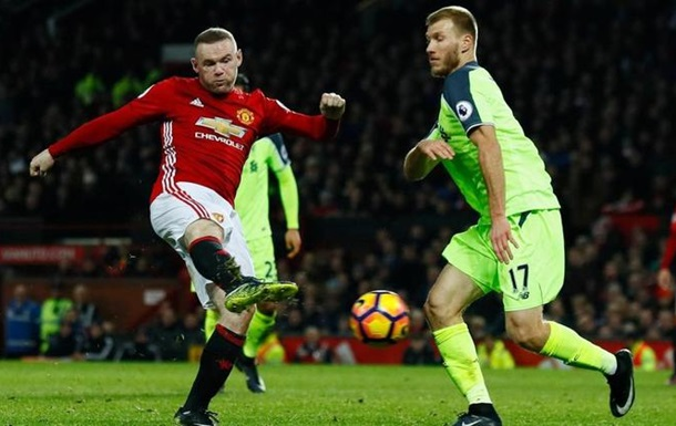Сейв року: Руні врятував екс-захисника збірної Англії