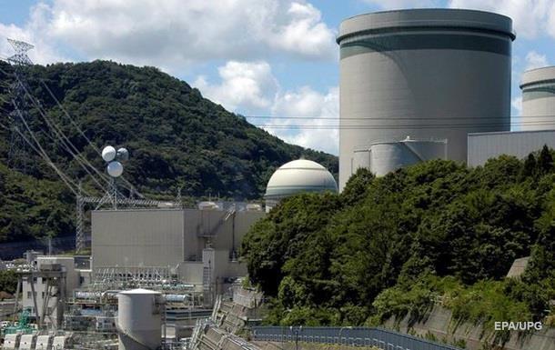 В Японії на енергоблок АЕС упав будівельний кран