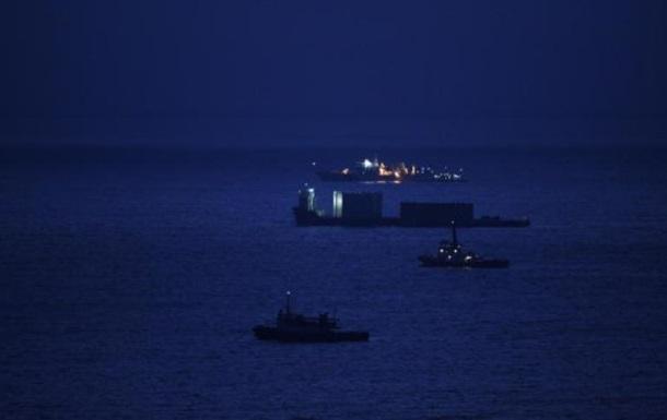 Кораблі Китаю увійшли у води оскаржуваних Японією островів
