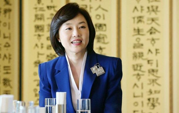 У Південній Кореї вперше заарештували чинного міністра