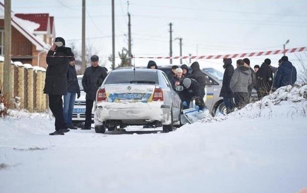 Луценко: Убиті копи в Княжичах грабували будинок