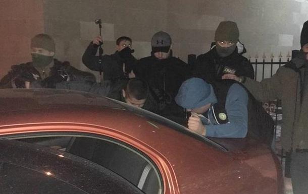 Суддю-хабарника Солом янського суду Києва відпустили