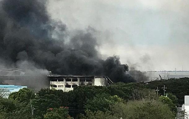 У пожежі на заводі в Манілі постраждали 100 людей