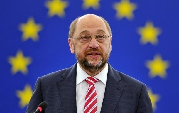 Шульц обогнал по популярности Меркель – опрос