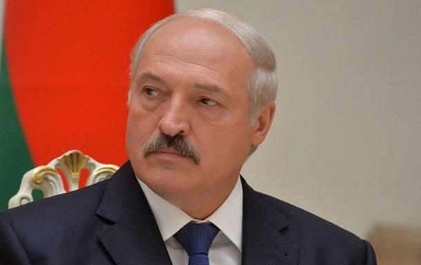 Лукашенко: Росія штовхає договори  в хвіст і в гриву