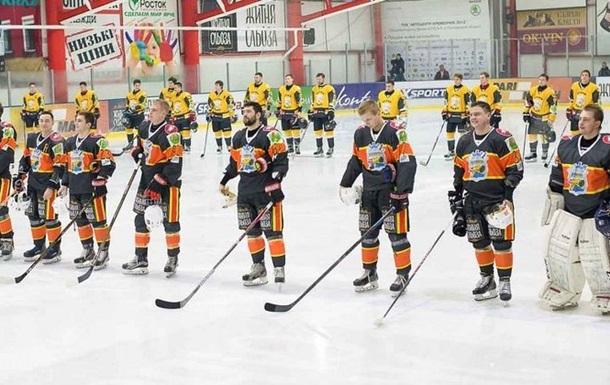 До збірної України з хокею викликані 28 хокеїстів