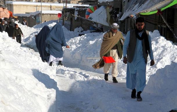 Через сходження лавин в Афганістані загинуло понад сто осіб