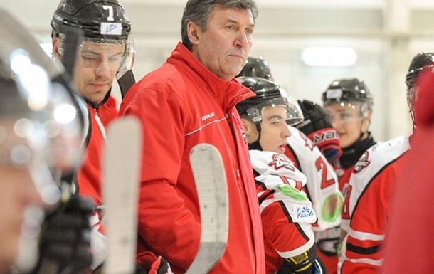 Донбас розірвав контракти з тренерським штабом