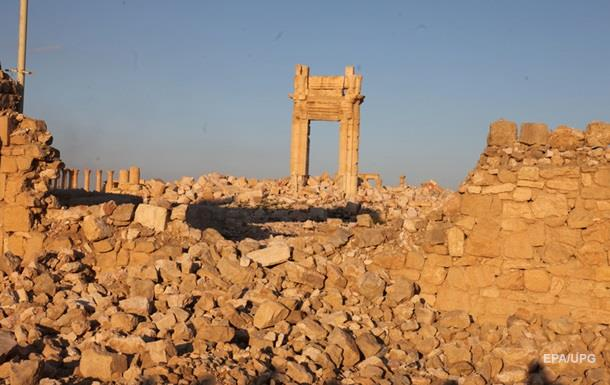 Сирийские войска начали наступление на западе от Пальмиры