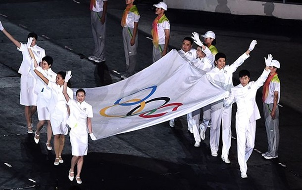 Російські легкоатлети цьогоріч можуть виступити тільки під нейтральним прапором
