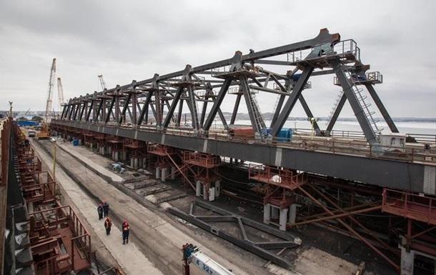 Керченський міст: будівельники почали збірку арок