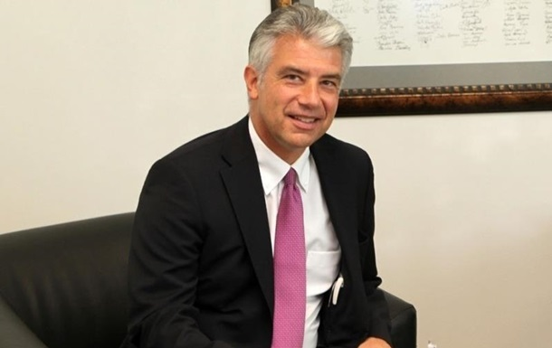 Посол ФРН скасував прес-конференцію через скандал