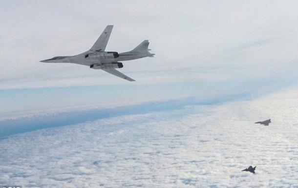 Британія підняла винищувачі для перехоплення бомбардувальників РФ