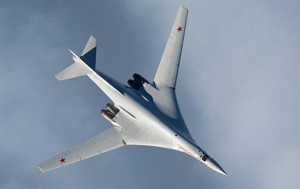 У Росії пояснили маневри Ту-160 біля Британії