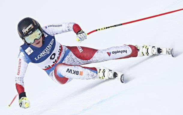 Травма швейцарской горнолыжницы, после которой ее эвакуировали на вертолете