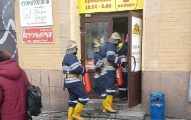 В Киеве пожар на Бессарабском рынке